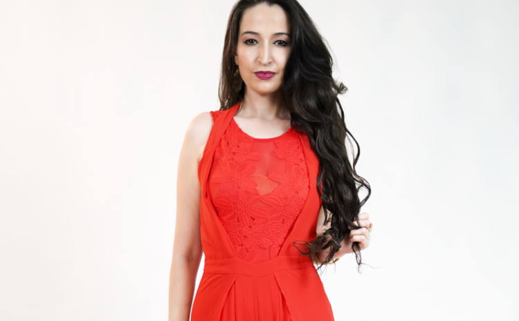 Sofia Katsaros – Music News TV Host