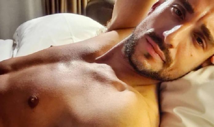 Σάκης Κατσούλης, Survivor: Γuμνές φωτογραφίες του γνωστού ποδοσφαιριστή, πρώην της Μαριαλένας
