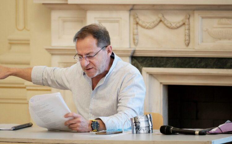 Δημήτρης Λιγνάδης: Τι απαντά ο αδελφός του για τις «ερωτικές επιστολές στο υπόγειο» του σπιτιού